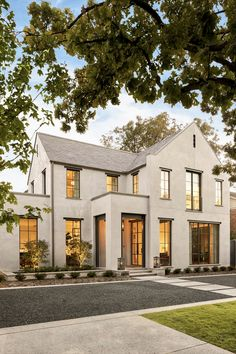 Home Remodeling Exterior Stunning stucco exterior with steel framed windows.such a modern, yet classic home! Dream Home Design, Modern House Design, Modern Exterior House Designs, Classic House Design, Stucco Exterior, Stucco Homes, Exterior Paint, Exterior Windows, Home Exterior Design
