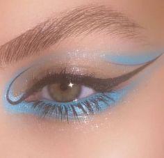 Blue Under Eye Makeup Eyeliner ; Blue Under Eye Makeup – makeup products Eyeliner Under Eye, Under Eye Makeup, Makeup Eye Looks, Eye Makeup Art, Cute Makeup, Pretty Makeup, Skin Makeup, Beauty Makeup, Apply Eyeliner