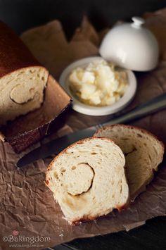 Vanilla Swirl Bread