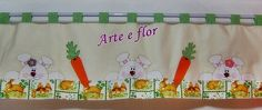 Bandô com aplicação de coelhos em tecido gorgurinho com forro de tecido algodão R$70,00