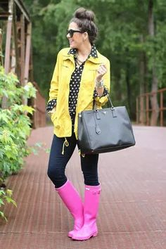 Brighten up rainy spring days with a pair of trendy puddle jumpers. Whether you need to brave a storm or just look darling in a downpour, we found 19 trendy blogger looks that will teach you how to wear rain boots. These outfits will have you singing in the rain no matter how gloomy it is outside.