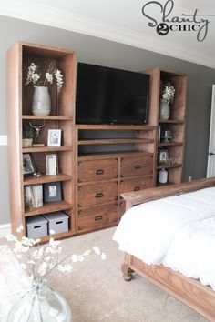 Hey there! Join us on Instagram and Pinterest to keep up with our most recent projects and sneak peeks! Hey guys! First off, I am sorry it took so long to get these plans to you. It took me a while to find enough pieces to make them full and fancy – and that is {...Read More...}
