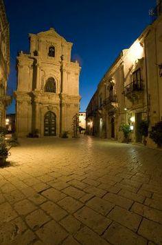 Chiesa San Michele Scicli - via f. mormino penna Scicli