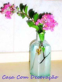 Reaproveitando vidros na decoração.
