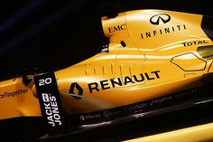 Dominating in Black: Renault Unveils Livery for F1