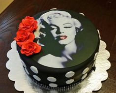 Marylin Monroe Cake