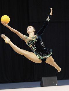 RSG-WM: Aurelie Lancour/FRA, ball
