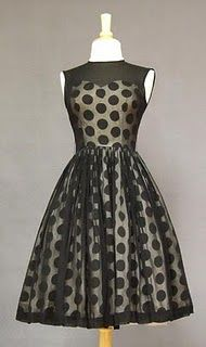 Vintage Formal Wear - Page 1 : I would polka in polka dots, I would never be mousey tho you could call me Minnie. Vintage Outfits, Vintage Dresses, Vintage Fashion, Vintage Clothing, 1960s Dresses, Dresses Dresses, Evening Dresses, Casual Dresses, Retro Mode