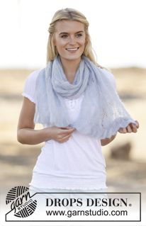 """Knitted DROPS shawl with lace pattern in """"Kid-Silk"""". ~ DROPS Design"""