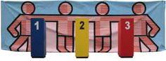 REN JE ROT Lkr maakt vragen met 3 mogelijke antwoorden. Plaats 1, 2 en 3 zijn verspreid over de ruimte. Nadat de vraag gestels is, lopen de lln binnen 3 seconden naar het nummer van juiste antwoord. Degenen die bij het juiste antwoord staan, blijven meespelen. De rest gaat zitten. VB1: Spel met wiskunde-oefeningen. VB2: Spel over WO-thema BRON: Het gaat steeds beter! Werkvormkaarten
