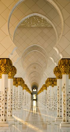 The Pillars - The Grand Mosque by julian john on 500px