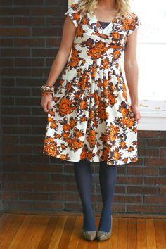 Floral Dress | @eshakti | The Pretty Life Girls