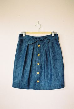 bamboo skirt with wood buttons