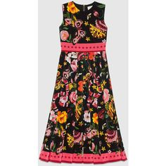 Gucci Garden Exclusive Silk Dress (855 KWD) ❤ liked on Polyvore featuring dresses, gucci, silk dress, butterfly dress, silk floral dress, floral dresses and flower petal dress