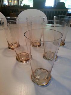"""6 gamle ølglas med massiv """"firdelt"""" fod (fejlfri). Højde 15 cm. 60 kr. pr stk. 6 stk.: 325 kr."""