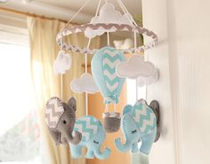 Blue/Grey Elephant/Air Balloon Nursery Mobile  MADE por FlossyTots