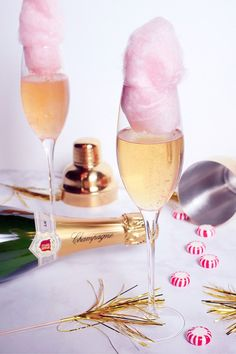 Let's shake off 2017 and welcome 2018 with this bubbly, fun cocktail. We could use a little fun. and guess what? ALL the ingredients are available at Ralphs! Cotton Candy Champagne, Champagne Cocktail, Cocktail Drinks, Alcoholic Drinks, Beverages, Food Photography Styling, Food Styling, Shake It Off, Fun Cocktails