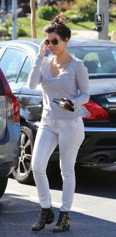 "Kourtney Kardashian wearing the Chloé ""Susanna"" boots FALL-WINTER 2013/2014 COLLECTIONS"