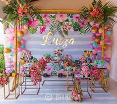 tropical home decor Luau Theme Party, Aloha Party, Pool Party Decorations, Festa Party, Birthday Decorations, Birthday Party Themes, Hawaiian Birthday, Flamingo Birthday, Luau Birthday