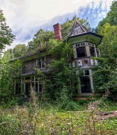 A small abandoned manor house in South Wales slowly being re-claimed by nature after its occupants left.