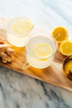 Learn how to make fresh ginger tea (plus variations!) with this simple recipe. Ginger tea is warming, relaxing and soothing for upset stomachs. Ginger Uses, Fresh Ginger, Ginger Water, Ginger Benefits, Tea Recipes, Cooking Recipes, Healthy Recipes, Drink Recipes, Summer Recipes