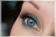 Turquoise Blue Eyes | AMU