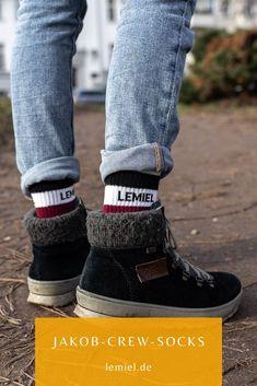 Jakob Crew Socken von LEMIEL aus Ingolstadt #natürlich #Socken #Socks #socksdesign #tennissocken #plus1baum Sport Socks, High Top Sneakers, Sporty, Pairs, Unisex, Retro, Heels, Stuff To Buy, Collection