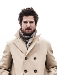 Fall Look - French Actor Guillaume Canet Sharp Dressed Man, Well Dressed Men, Beige Coat, Stylish Kids, Attractive Men, Perfect Man, Men Dress, Nice Dresses, Beautiful People