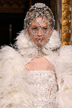Alexander McQueen | Fall 2013 Ready-to-Wear Collection | Style.com