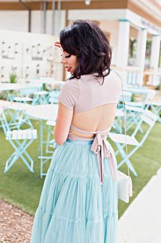 New blog post up today - talking my love of tulle skirts and why I think they're an essential staple... plus this top- killer! My top, skirt and jewelry are all on sale! Use code BIGONE for 25% off at @baublebar and no code necessary on the outfit- yes!! @liketoknow.it http://liketk.it/2sQoa #LTKunder100 #LTKunder50 #LTKstyletip #LTKsalealert  #liketkit #tulleskirt