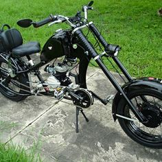Photos of custom motorized bicycles.See OCC Schwinn Stingray choppers we've motorized.Also rat rods & cruisers, e-bikes or ones with gas and electric motors. Electric Bike Kits, Gas And Electric, Moto Bike, Motorcycle Bike, Bike Chopper, Bicycle Engine Kit, Gas Bike Kit, Gas Powered Bicycle, Mini Motorbike