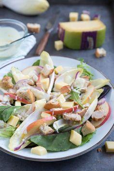 Witlofsalade met appel, kip en Jersey kaas - Brenda Kookt! Hoofdgerecht Salad Recipes, Healthy Recipes, Always Hungry, I Love Food, Jersey, Potato Salad, Bbq, Low Carb, Ethnic Recipes