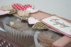 countryheartandhome: Double cupcake box!
