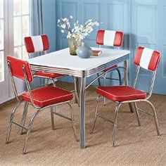 Retro kitchen table - Some day I will have this over a black and white check floor.