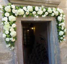 Fiori Chiesa Church Wedding Decorations, Wedding Ceremony, Wedding Planner, Floral Wreath, Wreaths, Flowers, Scale, Weddings, Ideas