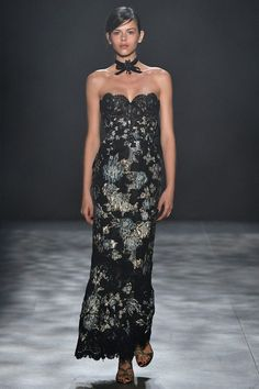 Marchesa   Collections   Marchesa   Fall 2017   Collection #17