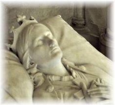Marie-Caroline de Bourbon (1822-1869)  épouse du duc d'Aumale. Œuvre de Lenoir (Chapelle royale saint Louis - Dreux)