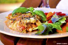 LCHF-lasagne med zucchini - by Jillsmat. Lchf, Keto, Zucchini, Salmon Burgers, Turkey, Ethnic Recipes, Food, Lasagna, Salmon Patties