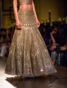 Manish Malhotra- gold heavily embroidered lengha- the subtle mirror work is great- lovely option for a traditional reception look Indian Bridal Wear, Indian Wedding Outfits, Bridal Outfits, Indian Outfits, Bride Indian, Pakistani Couture, Indian Couture, Pakistani Dresses, Indian Dresses