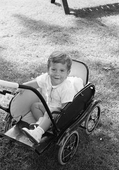 ST-A19-44-62. John F. Kennedy, Jr., on the South Lawn of the White House - John F. Kennedy Presidential Library & Museum