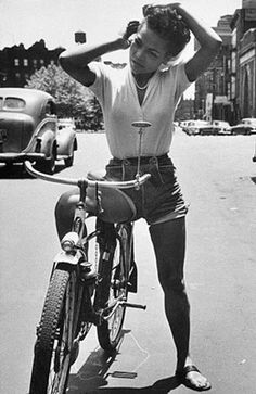 23 Best Celebrities That Love Cycling Images Veils Bicycle