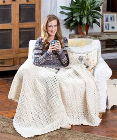 Snowbound Throw, free pattern from Red Heart.  Very pretty lacy edging  . . .  ღTrish W ~ http://www.pinterest.com/trishw/  . . .   #crochet #afghan #blanket