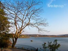 Damdama Lake is a nature lake it is  located in Gurgaon . It is located in Sohna, Gurgaon district in the Indian state of Haryana as a distance of 23 km from Gurgaon and 42 km from Delhi. For more visit www.picnicmasti.in or info@picnicmasti.in