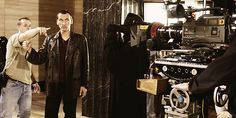 From 2004: Christopher Eccleston gets pointed in the right direction while filming The Unquiet Dead