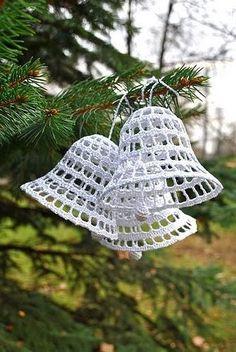 Christmas Snowballs Thread Crochet ePattern - Her Crochet Crochet Christmas Decorations, Crochet Ornaments, Christmas Crochet Patterns, Holiday Crochet, Crochet Snowflakes, Christmas Knitting, Xmas Ornaments, Christmas Crafts, Thread Crochet