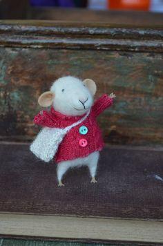 Little Traveler  Mouse  Felting Dreams  READY TO por feltingdreams, $68,00