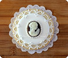 White & Dark Chocolate Cameo Cookie by Katie's Something Sweet, via Flickr