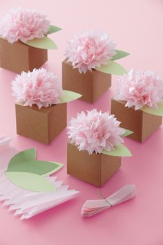 Tissue Paper Crafts Pom Pom Flower Favor Box by Favors and Flowers Martha Stewart Manualidades, Party Favors For Adults, Birthday Party Decorations For Adults, Martha Stewart Crafts, Tissue Paper Flowers, Diy Flowers, Tissue Poms, Tissue Paper Crafts, Ideas Para Fiestas