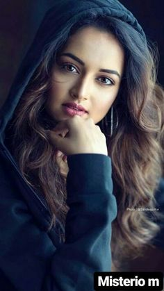 New beauty face Beautiful Girl Photo, Cute Girl Photo, Beautiful Girl Indian, Most Beautiful Indian Actress, Beautiful Gorgeous, Most Beautiful Faces, Simply Beautiful, Gorgeous Women, Beauty Full Girl