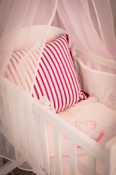 Têxteis | Textiles | Almofadas | Cushions | Red | Stripes